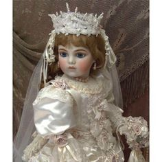 BRU JNE Bride Doll..she is absolutely beautiful