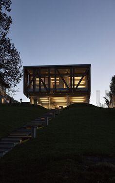 Takapuna House by Athfield Architects