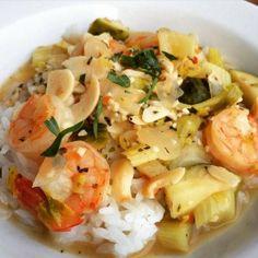 Shrimp in a Garlic White Wine Sauce Over Rice