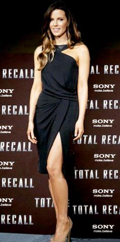 Look of the Day › April 18, 2012 WHAT SHE WORE At a Cancun Total Recall press event, Beckinsale struck a pose in J. Mendel's asymmetrical design and nude pumps.