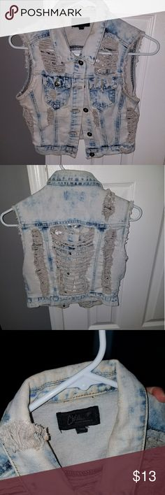 Distressed Cropped Denim Vest Very cute distressed cropped denim vest. Bit of makeup around inside collar (pictured) would probably come off when washed. Wish it still fit me it was a staple piece. Jackets & Coats Vests