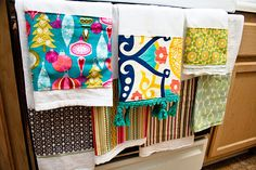Just what I need, ANOTHER sewing project! LOL - these are sweet - reminds me of days w/my grandmother and some genuine feed sacks she taught me to embroider on...good times!