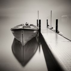 Живописная длинная выдержка на фотографиях Pierre Pellegrini придатет композиции большую глубину и ясность. В них чувствуется застывшее на несколько мгнове