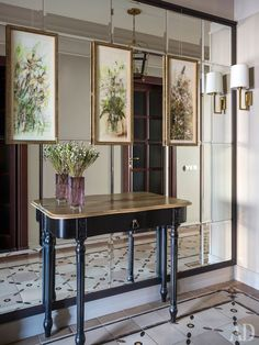 50 Favorites for Friday – The Week's Best Room Images – South Shore Decora. Wall Design, House Design, Cool Mirrors, Wall Mirror, Hallway Designs, Room Decor, Wall Decor, Interior Decorating, Interior Design