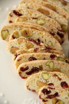 and Pistachio Biscotti - crunchy and amazing biscotti loaded with cran. Cranberry and Pistachio Biscotti - crunchy and amazing biscotti loaded with cran.Cranberry and Pistachio Biscotti - crunchy and amazing biscotti loaded with cran. Biscotti Rezept, Pistachio Biscotti, Biscotti Cookies, Almond Cookies, Fun Easy Recipes, Easy Meals, Delicious Recipes, Wie Macht Man