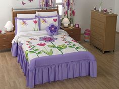 Modelo ALICIA. SOLO MODELO. Cheap Bed Sheets, Blanket Designs, Bed Sheets, Bed Covers, Bedroom Colors, Baby Bed, Bird Duvet, Doll Beds, Pillow Covers Pattern