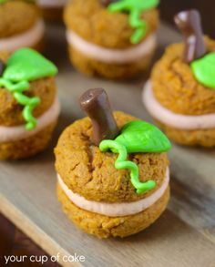 Pumpkin Patch Whoopie Pies - great idea for a fall or Thanksgiving holiday treat.