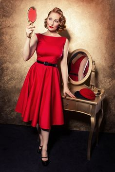 TopVintage Boutique Collection - 50s Audrey Swing Dress in Red