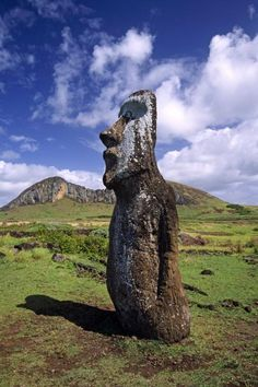 #HipmunkBL Easter Island - I have always wanted to travel to Easter Island to see and to learn more about the mysterious HUGE statues on the Island.  Fascinating!
