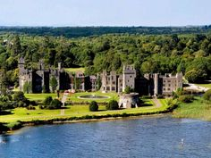 We Want To Go To There: 8 Affordable Castle Hotels   I'm going to a castle. That's it, I'm going to a castle.