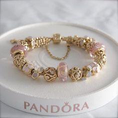 Gold, Pink and Cream Charms - Pandora Pandora Gold, Pandora Armband Gold, Pandora Bracelet Charms, Pandora Jewelry, Charm Bracelets, Cute Jewelry, Charm Jewelry, Accesorios Casual, Bracelet Designs