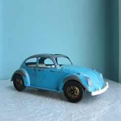 VW Volkswagen Beetle Bug Turquoise Toy Car.