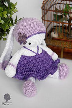 Lulu Tulipe & Tutu Bunny - Free Amigurumi Pattern ( English and French) - PDF Pattern Easter Crochet, Crochet Bunny, Cute Crochet, Knit Crochet, Crochet Hats, Crochet Animal Patterns, Stuffed Animal Patterns, Amigurumi Patterns, Crochet Animals