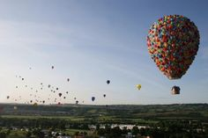 Disney's Up Inspired Hot Air Balloon Stunt…I Wanna Ride In That!