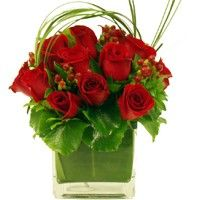 Red Roses and Hypericum Cube