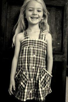 May váy đầm cho bé từ sơ mi cũ của bố mẹ 1