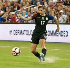 Tobin Heath 07.22.16