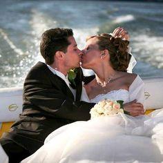 Nyári kreatív...  #vividesign #esküvő #szerelem #csók #esküvőifotózás #wedding #love #kiss #weddingphotography