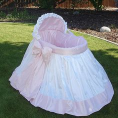 Pink and White Bassinet...I have to have this one!!!