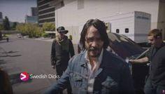 """Keanu Reeves em imagens da série """"Swedish Dicks"""""""