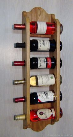 How to make an elegant wine rack with your own hands, see in my video Wine Rack Storage, Wine Rack Wall, Wine Glass Rack, Woodworking Projects That Sell, Woodworking Crafts, Rustic Wine Racks, Pallet Wine, Home Bar Designs, Diy Pallet Furniture
