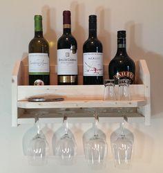 Support de bouteilles de vin et coupes