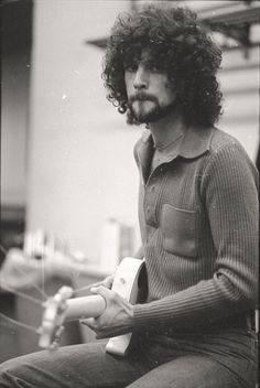 Listen to music from Lindsey Buckingham like Trouble, Big Love - Live & more. Find the latest tracks, albums, and images from Lindsey Buckingham. Fleetwood Mac Lindsey Buckingham, Stevie Nicks Lindsey Buckingham, Buckingham Nicks, Before I Forget, Stevie Nicks Fleetwood Mac, Kings Of Leon, Eric Clapton, Music Icon, Big Love