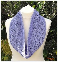 Moray Cowl Free Crochet Pattern from AG Handmades