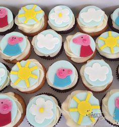 Peppa Pig Cupcakes www.sweetsecretsdubai.com Pig Cupcakes, Buttercream Cupcakes, Peppa Pig, Desserts, Food, Tailgate Desserts, Deserts, Essen, Postres