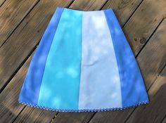 Fitted Panel Skirt--excellent for showing off appliques (come on embroidery machine fund....)