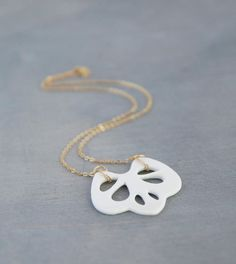 White porcelain necklace - lace pendant on gold vermeil chain, porcelain jewelry, wedding jewelry, bridal necklace, ceramic necklace Porcelain Jewelry, Ceramic Jewelry, Ceramic Necklace, Jewelry Design, Unique Jewelry, Initial Charm, Bridal Necklace, Gold Filled Chain, Etsy