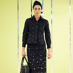 Marc Jacobs Womenswear Resort 2016 Collection #MarcJacobs #fashion http://fashionstylesmag.com/2015/06/10/marc-jacobs-womenswear-resort-2016-collection/