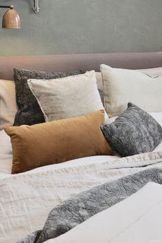 vt wonen en design beurs 2017 | wonen landelijke stijl huis | Fotografie: STIJLIDEE Interieuradvies en Styling Interior Styling, Bed Pillows, Pillow Cases, Bedroom, Bedtime Stories, Inspiration, Boston, Home, Trends