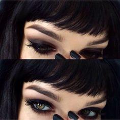 Dark eye look that I am aspiring to recreate.
