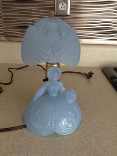 Vintage Victorian Southern Belle Lady Blue Lamp W/ Shade LE. Smith Glass Co. EVC #Victorian