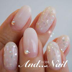 Iridescent nails