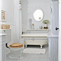 Hometalk:  Painting the Claw Foot Tub