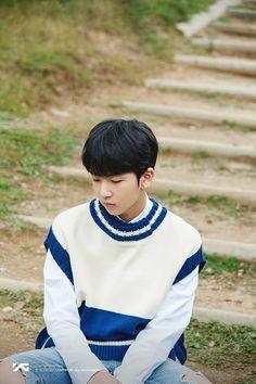 💎C#2 이인홍 <LEE INHONG> PROFILE IMAGE💎 Thing 1, Yg Trainee, Hyun Suk, Treasure Boxes, Yg Entertainment, Boy Groups, Survival, Profile, Man Crush