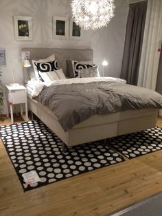 1000 images about ikea boxspring on pinterest ikea headboards and bedrooms. Black Bedroom Furniture Sets. Home Design Ideas