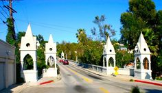 Shakespeare's Bridge, Franklin Heights, Los Feliz, Los Angeles, CA Los Angeles Hollywood, Los Angeles Neighborhoods, Hollywood Homes, Bunker Hill, Golden Age Of Hollywood, Southern California, Beverly Hills, Bungalow, The Neighbourhood