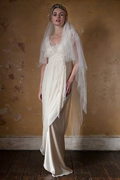 Introducing London based bridal fashion designer Sally Lacock, who creates exquisite, romantic and vintage inspired wedding dresses for the modern bride. Slinky Wedding Dress, Wedding Dress With Veil, Wedding Dresses 2018, Prom Dresses For Sale, Dresses Uk, Wedding Veils, 1920s Wedding, Wedding Outfits, Vintage Inspired Wedding Dresses