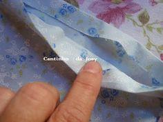 Frutos do meu trabalho     1º - Passo- Corte o molde em papel cartão ou cartolinas, medidas, 30cm de altura x 17 de comprimento e parte ...