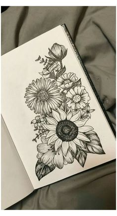Black And White Flower Tattoo, White Flower Tattoos, Tattoo Flowers, Tattoo Black, Tattoo Floral, Poppies Tattoo, Pencil Drawings Of Flowers, Pencil Art Drawings, Drawing Flowers