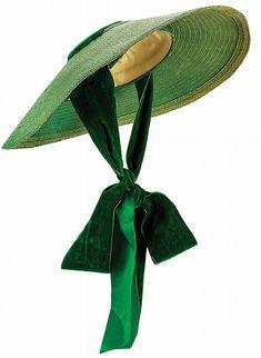 Walter Plunkett - Costumes - Robe Fleurie et Chapeau Ruban Vert - Vivien Leigh… Vivien Leigh, Vintage Outfits, Vintage Fashion, 1930s Fashion, Vintage Shoes, Victorian Fashion, Vintage Accessories, Dress Fashion, Fashion Fashion