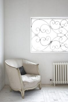 #Looking at the beautiful scroll window and how to replicate it in a form of art, hmmm?  ♥