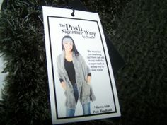 New Noelle Brown Posh Signature Wrap Scarf With Pockets