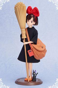Kiki's Delivery Service, Kiki figure.