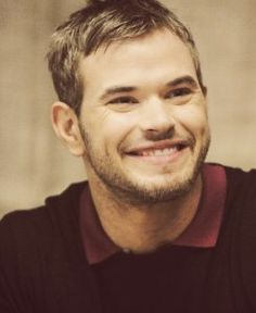 Kellan Lutz.... so totally reminds me of Steve Stifler in this pic. LoL