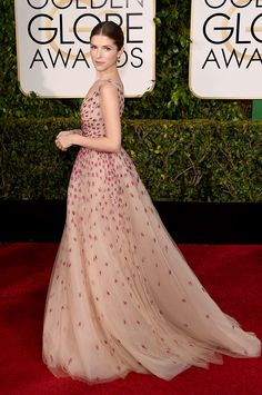 Golden Globes 2015 Anna Kendrick en Monique Lhuillier