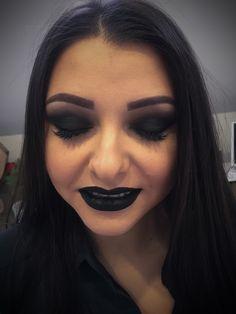 #gothicmakeup#madebyme#blacklips #smokeyeyes